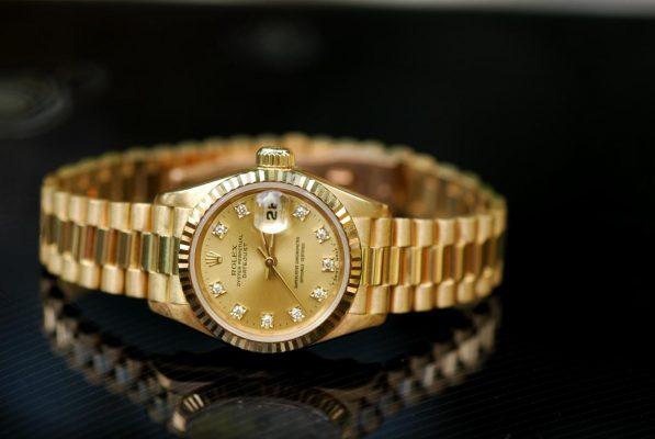 giá đồng hồ rolex chính hãng