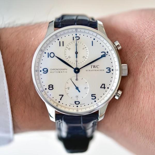 tìm đồng hồ đeo tay
