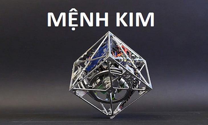 menh-kim-deo-dong-ho-mau-gi-dieu-ban-nen-biet-1