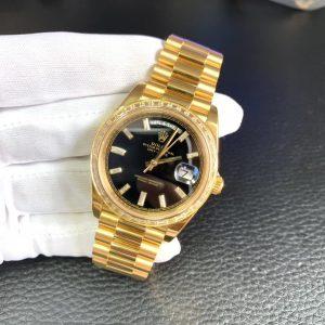 Rolex Day-Date 228398TBR Chê tác Kim Cương Baguette